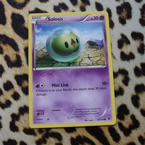 Solosis 33/124 Pokemon Card